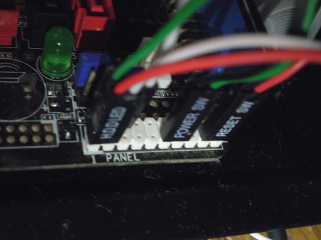電源スイッチ・LED2